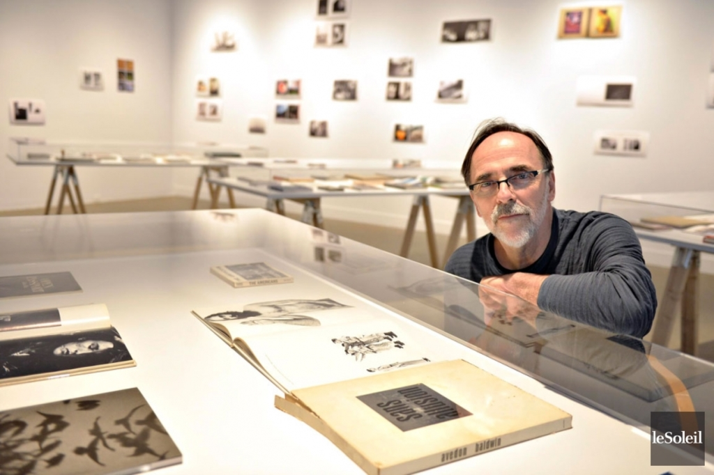 <p>Serge Clément expose sa collection personnelle de livres photos.</p>