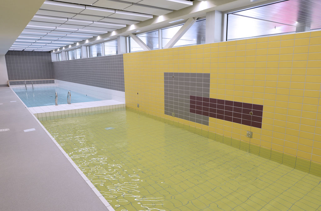Retrouver la lumi re la ywca maison le soleil qu bec for Piscine ywca quebec