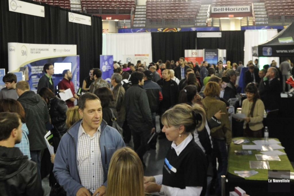 Salon de l 39 emploi une n cessit d montr e shawinigan for Salon 86 shawinigan