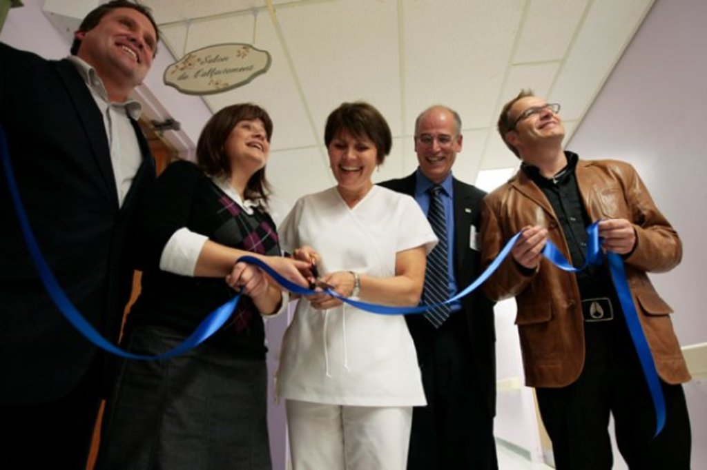 Inauguration du salon d 39 allaitement l 39 h pital de for Chambre 608 hopital de hull