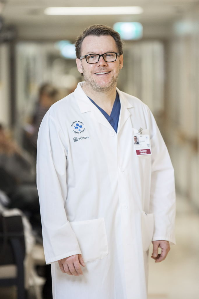 Le docteur Mark Walker de l'Université d'Ottawa