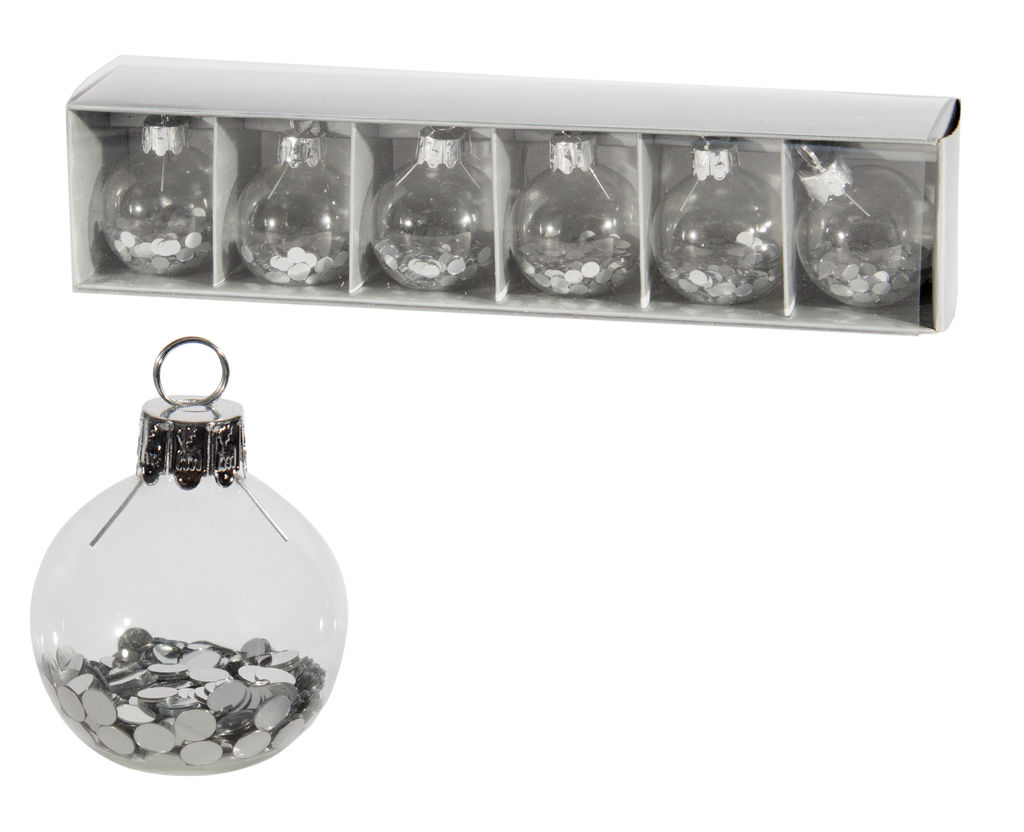 Porte-carte argent Ornement, 14,95 $ l'ensemble de 6 chez Linen Chest