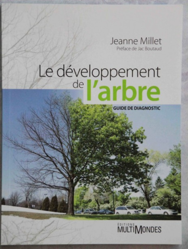 <p><em>Le développement de l'arbre - Guide de diagnostic</em></p>