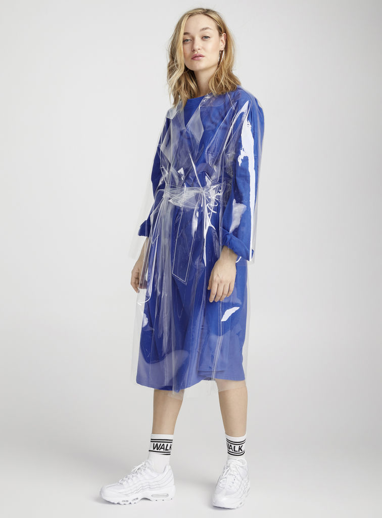 Le trench vinyle transparent, 279 $